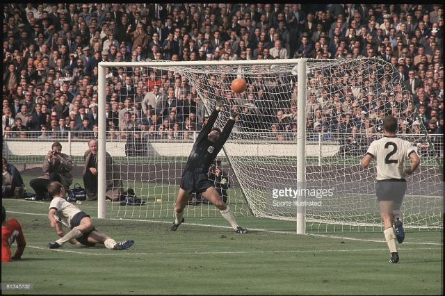 Soccer: 1966 World Cup Final. England Geoff Hurst in action, scoring goal off crossbar during overtime vs West Germany.  London, GBR 7/30/1966 MANDATORY CREDIT: Tony Triolo/Sports Illustrated SetNumber: X11805